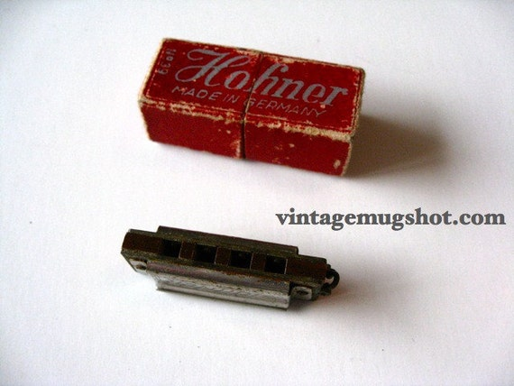 Mini HOHNER HARMONICA Vintage  TOY  Very Old Works Great 1 1/2 inches German