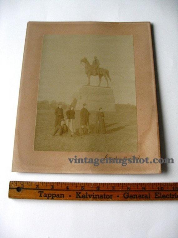 1896 photograph Gettysburg Civil War Memorial Family 10 x 12 mat Original