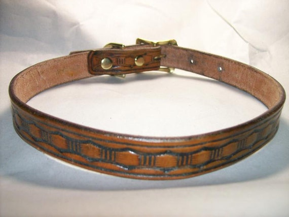 Leather Dog Collar with Large Basketweave