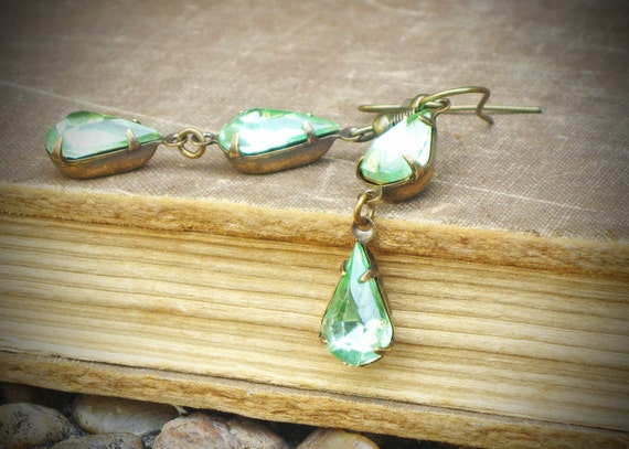 Vintage Rhinestone Earrings, Bride, Wedding, Mint, Peridot, Green