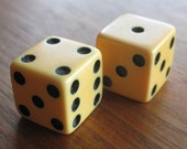 Take a Gamble Vintage 40s Pair Yellow Bakelite Viva Las Vegas Lucky Game Dice Die