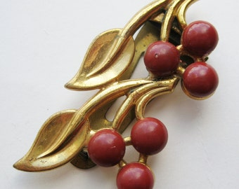 Vintage 40s Gold & Red Enamel Cherry Fruit Hollywood Starlet Designer Fur Clip