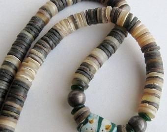 Vintage Santo Domingo American Pueblo Indian Spiny Oyster Tribal Necklace