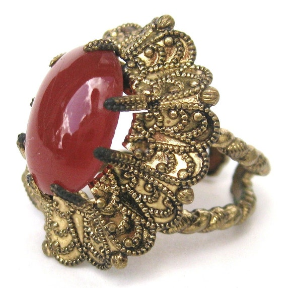 Vintage 20s 30s Art Deco Czech Gold Filigree Carnelian Agate Glass Cabochon Cocktail Ring