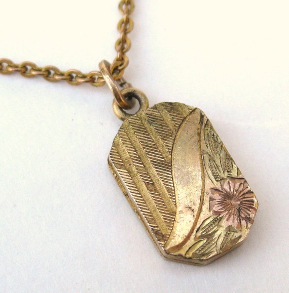 Vintage 1900s Victorian Gold Filled Childs Sweetheart Locket Pendant Necklace