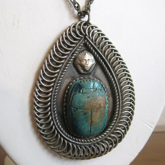 Vintage 40s Large Egyptian Revival Chunky Exotic Cleopatra Scarab Pendant Necklace