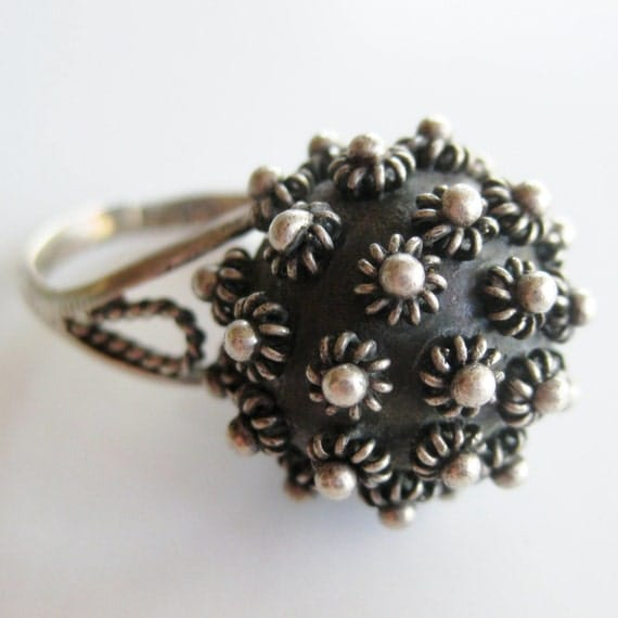 Vintage 50s Sterling Silver Mid Century Modernist Studio Jewelry Mexican Taxco Etruscan Cocktail Ball Ring size 8 1/2