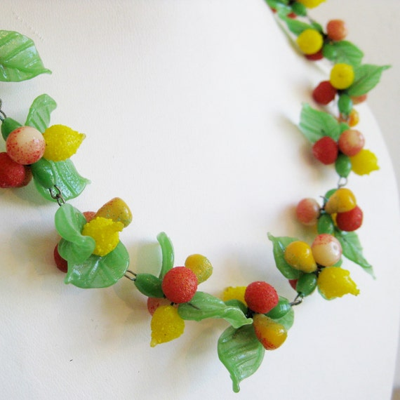 Vintage 40s Carmen Miranda Novelty Czech Art Glass Tropical Fruit Salad Necklace