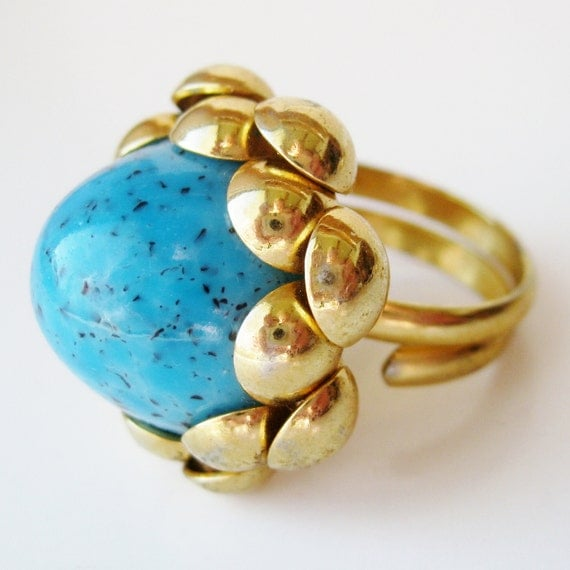 Vintage 50s NAPIER Over the Top Gold Domed Turquoise Cabochon Cocktail Dinner Ring Costume Jewelry