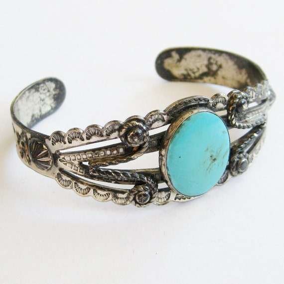 Vintage 50s Fred Harvey Era Bell Sterling Silver & Turquoise Navajo American Indian Stamped Arrows Tribal Cuff Bracelet