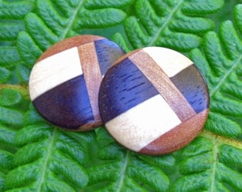 Checked Inlaid Wood Round Button Posts - Eco Friendly Fall Fashion by heArtistics