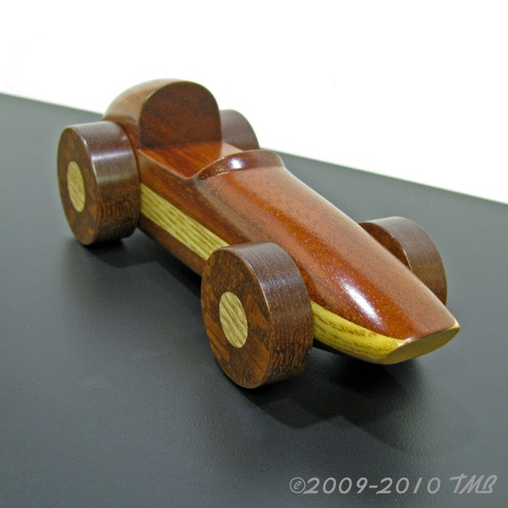 Classic Sprint Race Car in Solid Mahogany with Ash Stripe