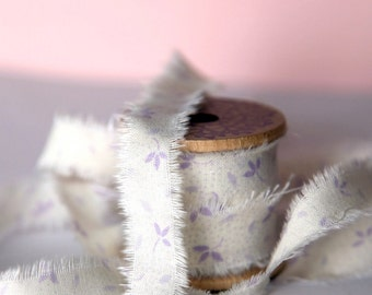 Frayed fabric ribbon (adhesive)  -  LILAC
