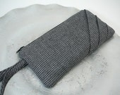 wristlet - pleated gray houndstooth wool