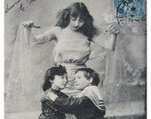 French Antique Postcard - I Bring Love  (J'apporte L'Amour)