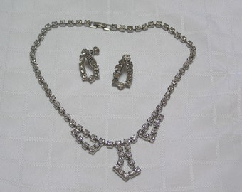 Vintage sparkling clear rhinestone necklace and earrings