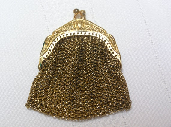 Vintage gold tone metal mesh change purse
