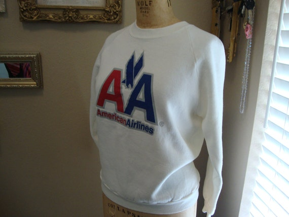 Vintage 80's American Airlines Logo Red white & Blue 50/50 Sweatshirt M