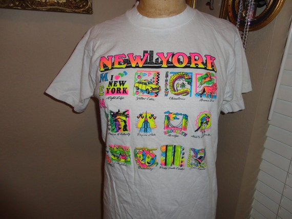Vintage 90's NEW YORK Memories 50/50 Screen Stars Neon Tourist Souvenier T Shirt L