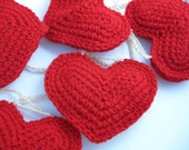 Crocheted Hearts Garland-Red Puffed