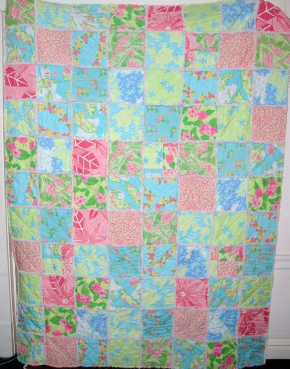 Items similar to Made to Order Queen Quilt - Lilly Pulitzer fabric ... : lilly pulitzer quilts - Adamdwight.com