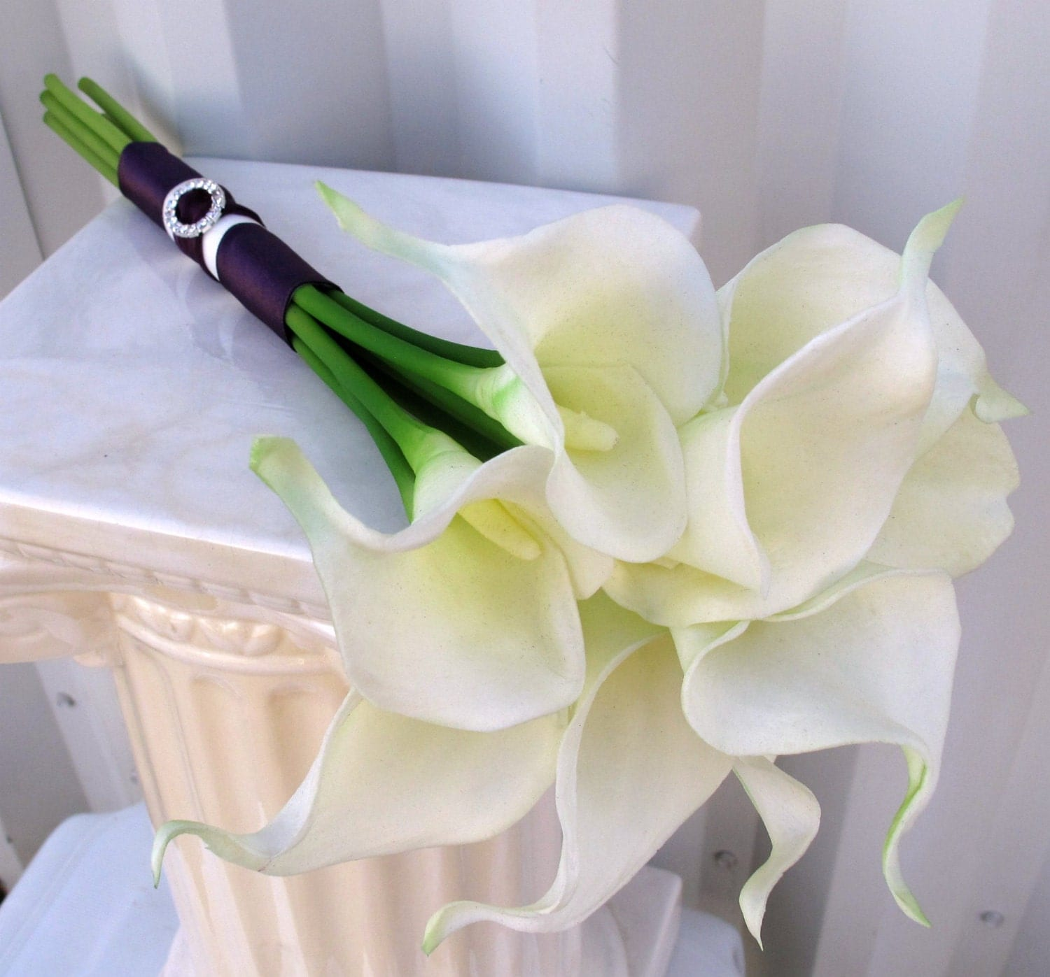Wedding Flower Arrangements With Lilies : Calla lily wedding bouquet white plum purple real touch bridal