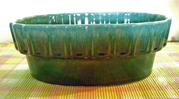Retro Hull Oval Green Planter I-21