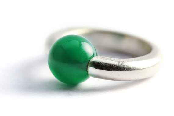Unique gifts for women, ring with round green agate stone and silver ring,