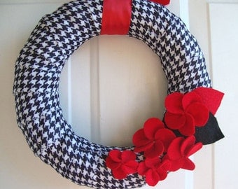 "Plaid Wrapped Wreath 12"""