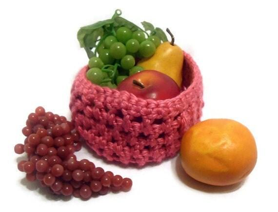 Crochet Fruit Basket in Honeysuckle Pink
