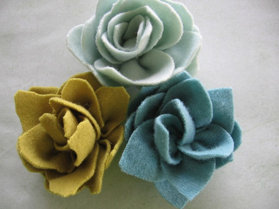 Felted wool merino flower blossoms for hair clips or brooch pins