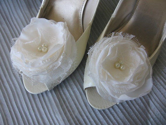 Ivory fabric flower shoe clips for bridal, wedding, special occasion