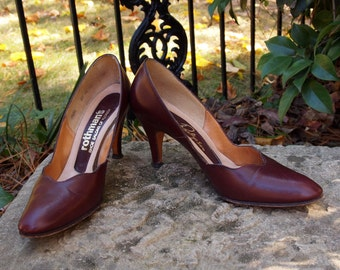 Early 50's Shoes Stanley Philipson-Brick Red Scalloped 1950's Pin Up Mad Men Pumps