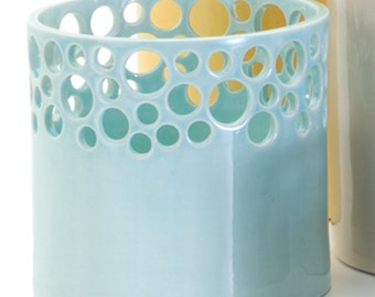 Lacey Orchid Vase in Ocean Blue