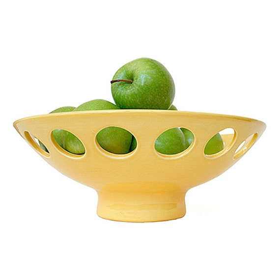 Lo Chalet bowl in Yellow