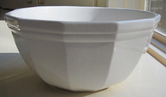 Pfaltzgraff Heritage White 1 1/2 Quart Mixing Bowl