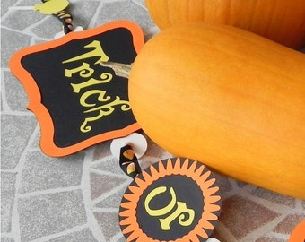 Trick or Treat---a Halloween Banner for the Home