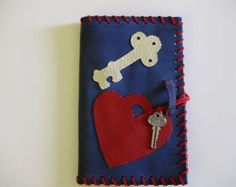 Genuine Leather Hand Stitched Notepad Cover with Pocket and Key Closure