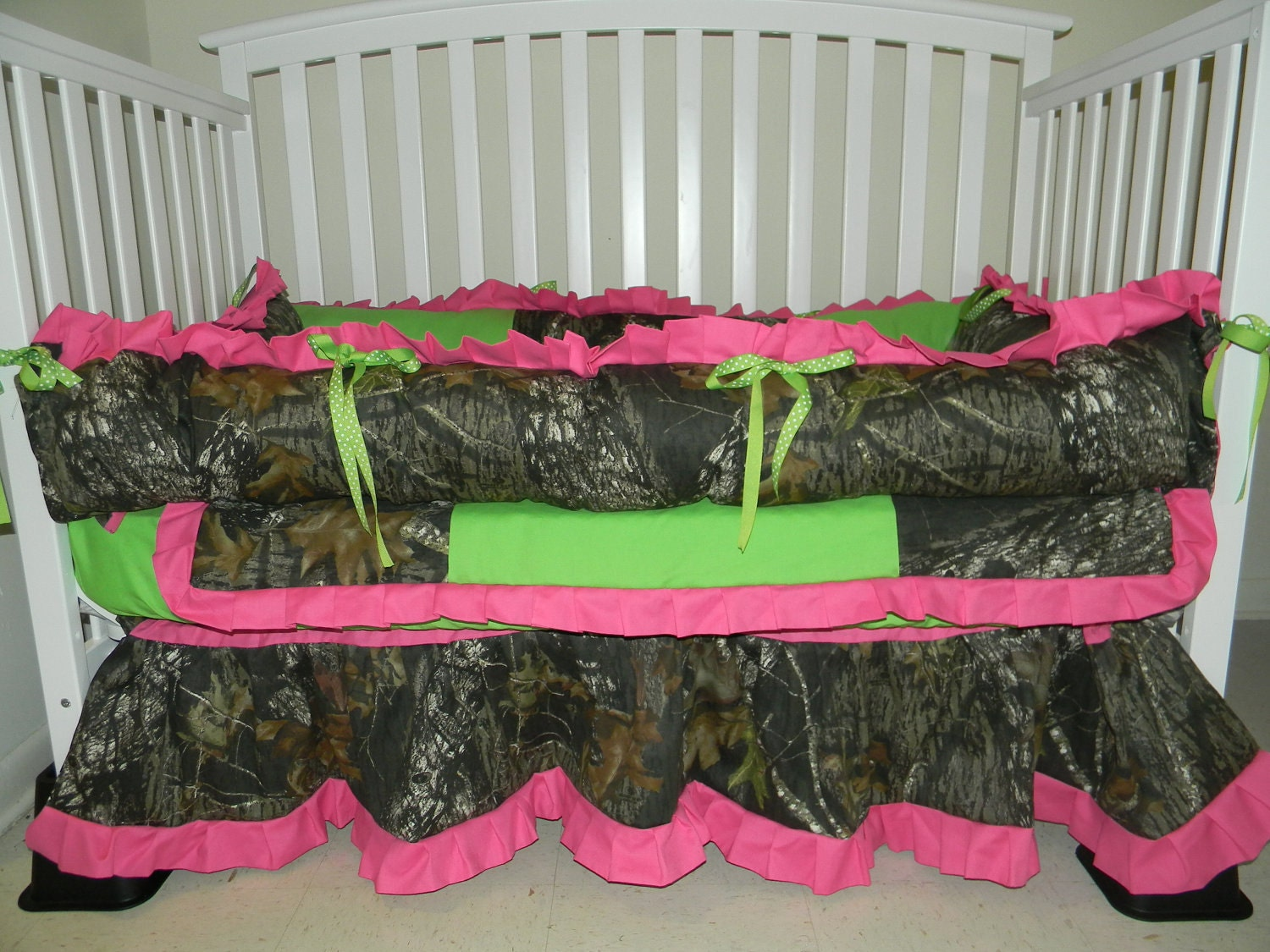 7pc Camo Mossy Oak Fabric Pink Crib Bedding Nursery Set: Camo Mossy Oak And Lime Green Minky Dot With Hot Pink Baby