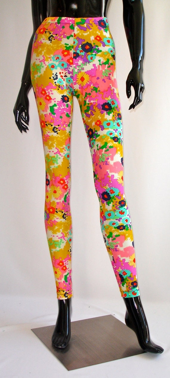 SALESALE 15% OFF : Floral Printed Watercolor Leggings (Limited Edition)