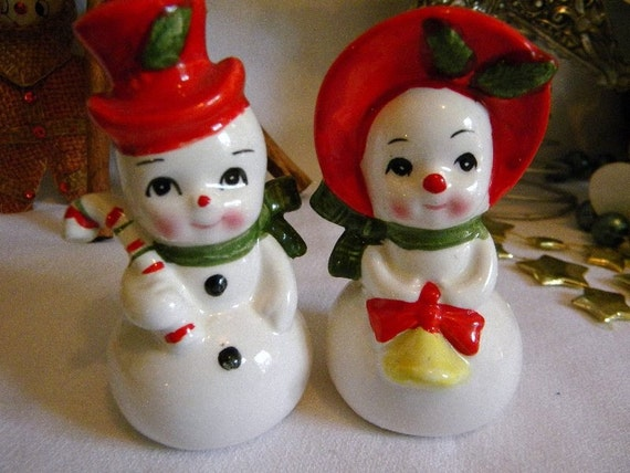Vintage Christmas Figurine Snowman Salt and Pepper Shakers