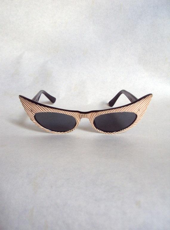 1950s Oleg Cassini designer label cat eye carved lucite sunglasses