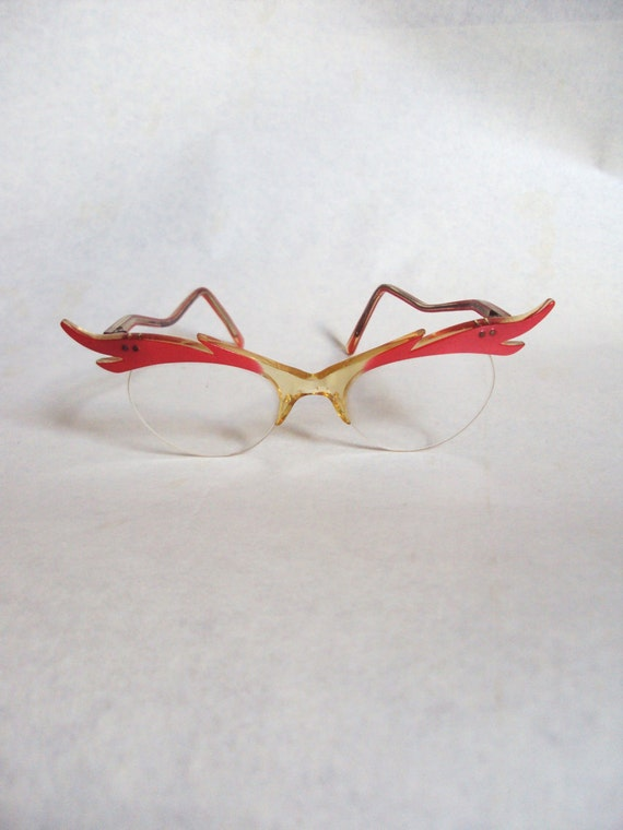 1950s Coral pink cat eye spectacles