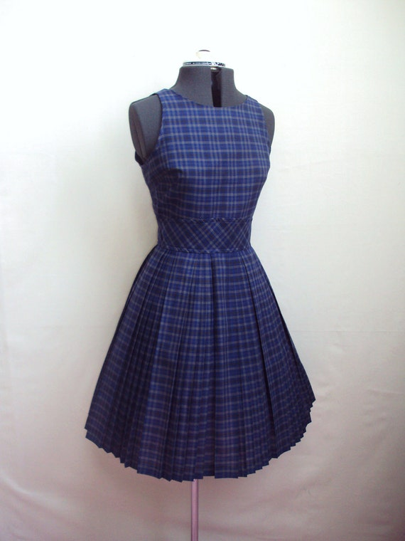 1960s Navy blue checked sleeveless day dress with pleated skirt - S M