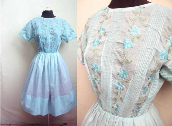 1950s Turquoise blue cotton day dress with embroidered bodice, by L'Aiglon - S
