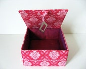 Jewelry box - Girls Jewlery Boxes - Fabric Jewelry Box - Womens Gift Box - Keepsakes Box - Bright pink fabric box
