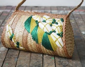SALE vintage woven straw and shell purse