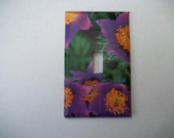 SWITCH PLATE COVER - Purple/Yellow Flowers