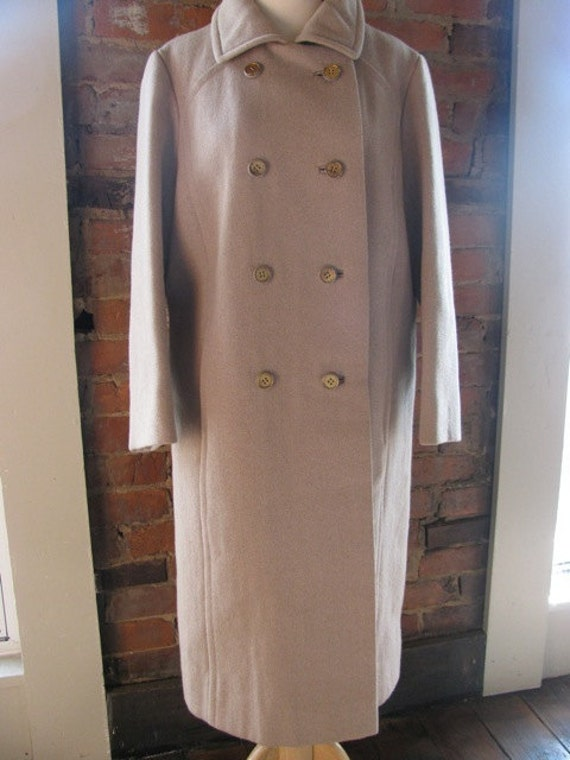 Vintage Tailored Ladies Double-Breasted Taupe Coat
