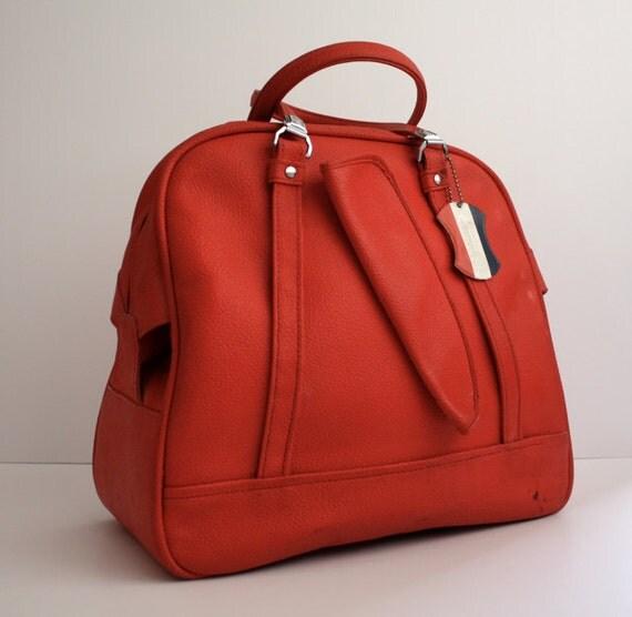 Vintage LIPSTICK Red Travel Bag